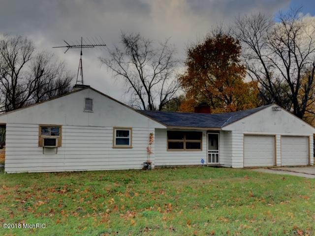2383 Virginia Road, Benton Harbor, MI 49022 (MLS #18054858) :: CENTURY 21 C. Howard