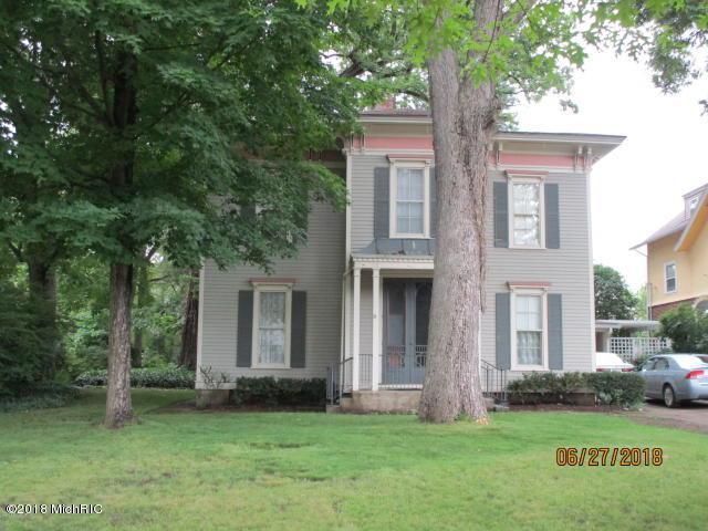 515 E Michigan Avenue, Albion, MI 49224 (MLS #18056259) :: Deb Stevenson Group - Greenridge Realty