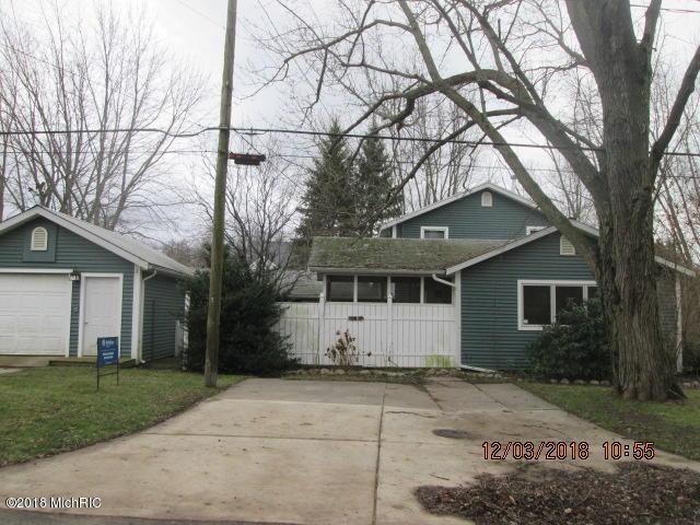7410 Washington Street, South Haven, MI 49090 (MLS #18057159) :: Deb Stevenson Group - Greenridge Realty