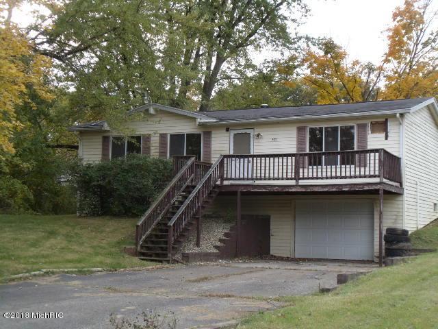 50112 Circle Drive, Dowagiac, MI 49047 (MLS #18057193) :: Matt Mulder Home Selling Team
