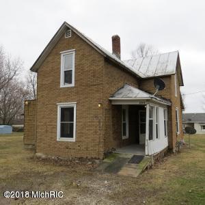 1504 Morton Street, Lake Odessa, MI 48849 (MLS #18057728) :: Matt Mulder Home Selling Team