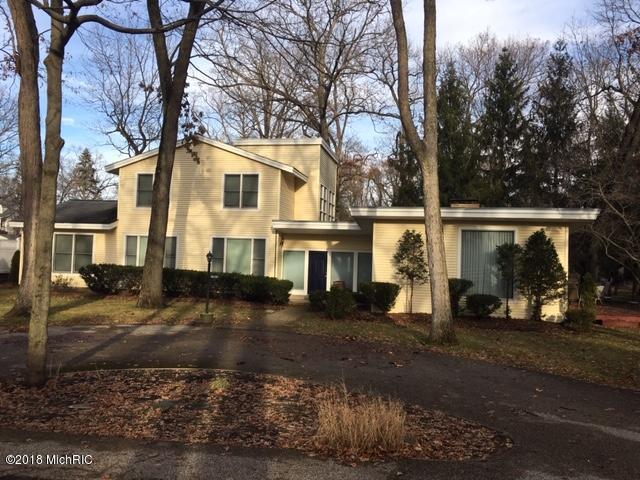 47112 Cedar Avenue, New Buffalo, MI 49117 (MLS #18058445) :: Matt Mulder Home Selling Team