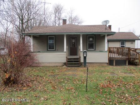 7 E Beech Street, Three Oaks, MI 49128 (MLS #18058480) :: CENTURY 21 C. Howard