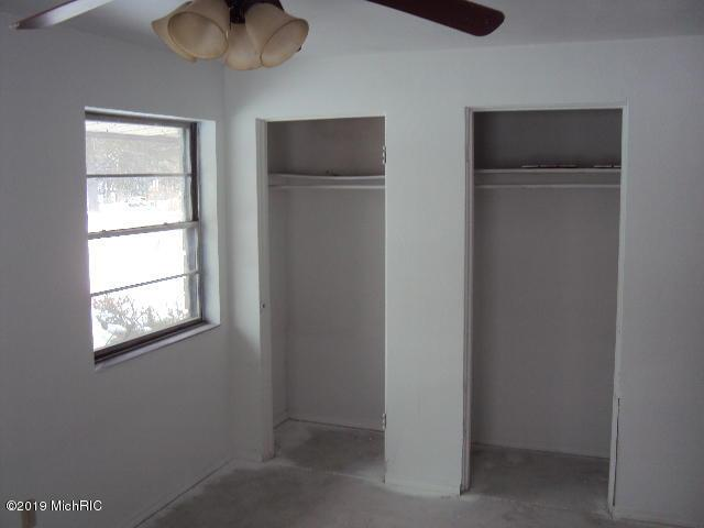 1601 S 11th Street, Niles, MI 49120 (MLS #19002146) :: Matt Mulder Home Selling Team