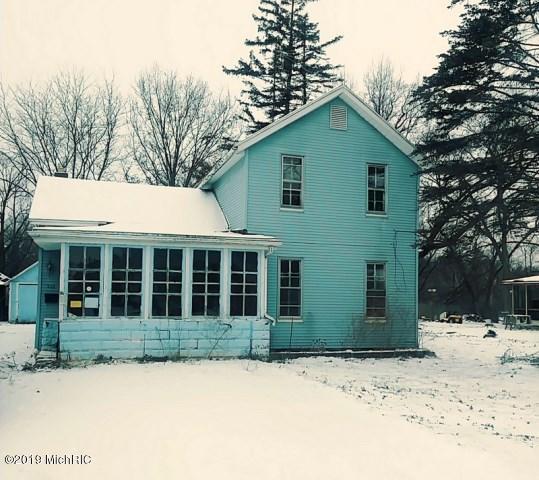 524 Division Street, Bangor, MI 49013 (MLS #19002265) :: Deb Stevenson Group - Greenridge Realty