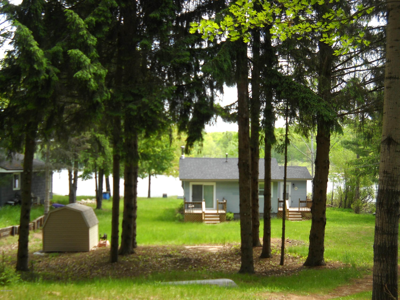 11894 N Highland Drive, Bitely, MI 49309 (MLS #19002431) :: CENTURY 21 C. Howard