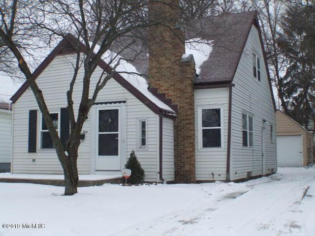 903 Griggs Street SE, Grand Rapids, MI 49507 (MLS #19002853) :: JH Realty Partners