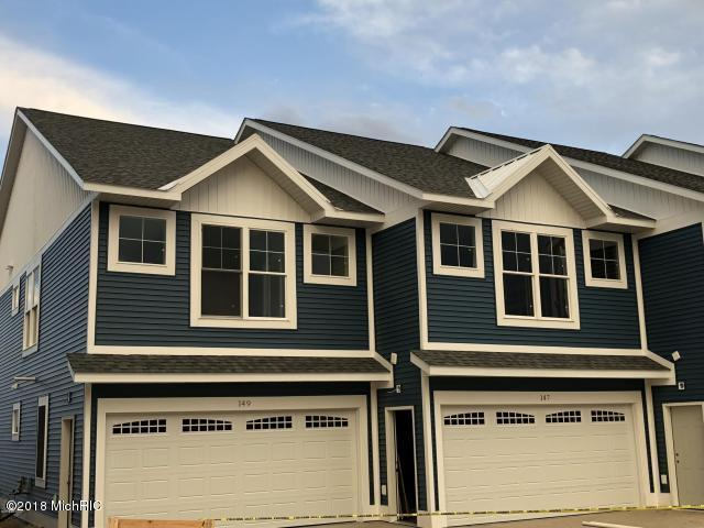 147 Joslin Cove Drive, Manistee, MI 49660 (MLS #19003113) :: Deb Stevenson Group - Greenridge Realty