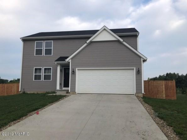 69676 Fox Crossing, Edwardsburg, MI 49112 (MLS #19004111) :: Deb Stevenson Group - Greenridge Realty