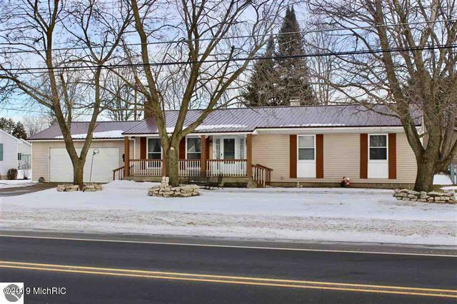 444 Leeson Avenue, Cadillac, MI 49601 (MLS #19004556) :: Deb Stevenson Group - Greenridge Realty
