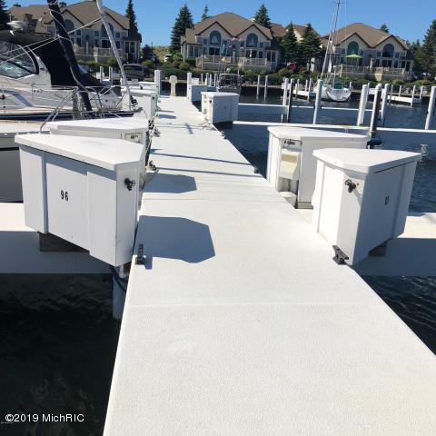 Marina Drive #70, Manistee, MI 49660 (MLS #19004643) :: Deb Stevenson Group - Greenridge Realty