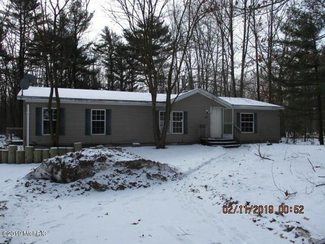 439 E Tyler Road, Muskegon, MI 49445 (MLS #19005382) :: CENTURY 21 C. Howard