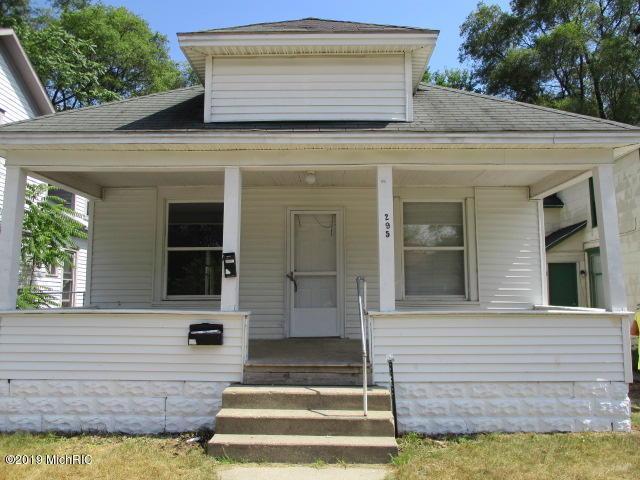 295 Mason Avenue, Muskegon, MI 49441 (MLS #19005916) :: CENTURY 21 C. Howard