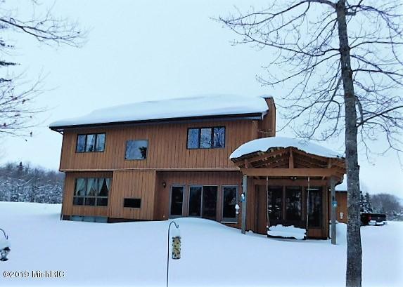 2012 W 14th Street, Sault Ste. Marie, MI 49783 (MLS #19006121) :: Matt Mulder Home Selling Team