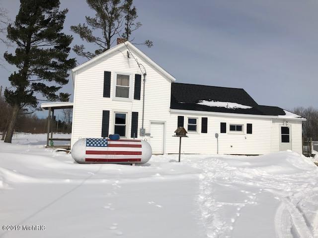 11550 S Hawkins Road, Reed City, MI 49677 (MLS #19007108) :: Matt Mulder Home Selling Team