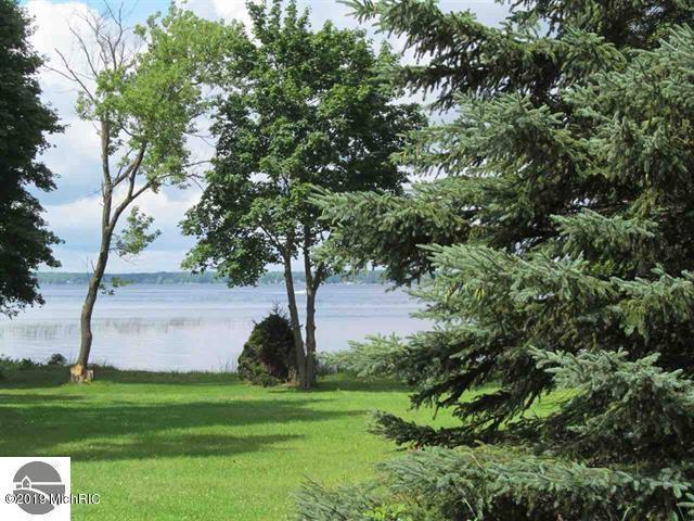 0 S Lake Mitchell, Cadillac, MI 49601 (MLS #19012362) :: Deb Stevenson Group - Greenridge Realty