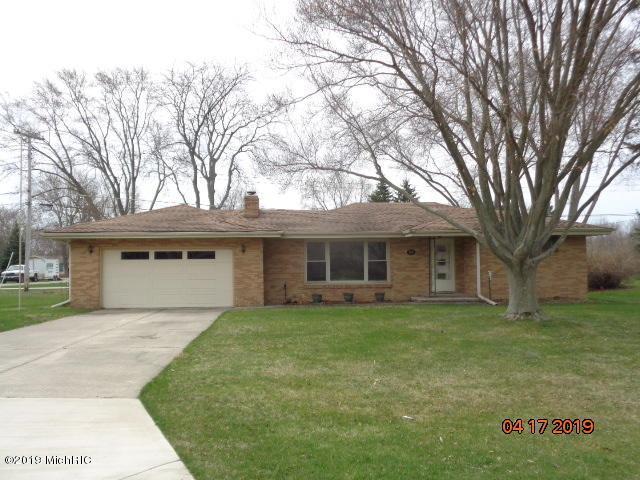 782 Clemens Avenue, St. Joseph, MI 49085 (MLS #19015781) :: Matt Mulder Home Selling Team