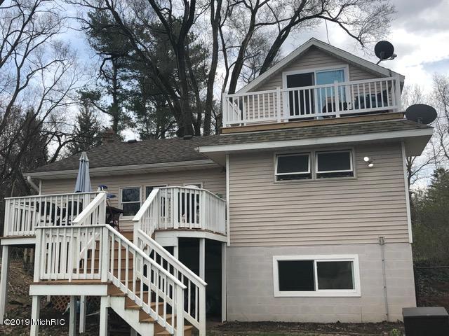 2710 E Y Avenue, Vicksburg, MI 49097 (MLS #19015878) :: Matt Mulder Home Selling Team