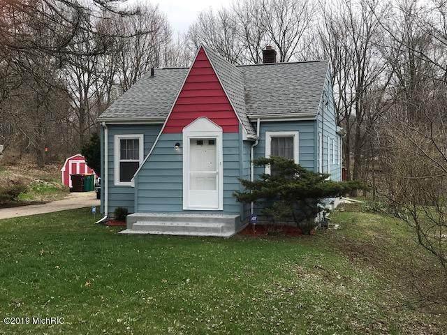 10 Fox Avenue, Battle Creek, MI 49037 (MLS #19016029) :: Matt Mulder Home Selling Team