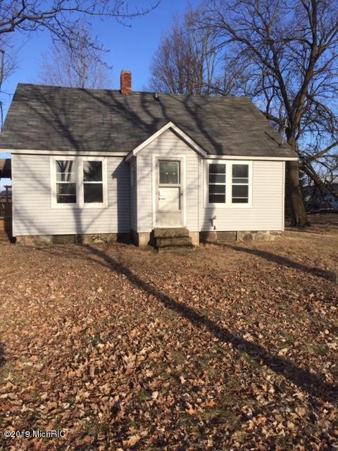 53653 Buckhorn Road, Three Rivers, MI 49093 (MLS #19017623) :: Matt Mulder Home Selling Team
