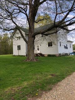 15900 21 Mile Road, Marshall, MI 49068 (MLS #19019804) :: Matt Mulder Home Selling Team