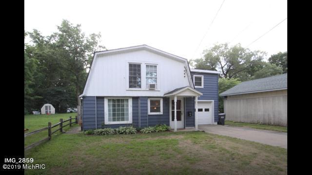 117 W Hammond Street, Otsego, MI 49078 (MLS #19020838) :: Matt Mulder Home Selling Team
