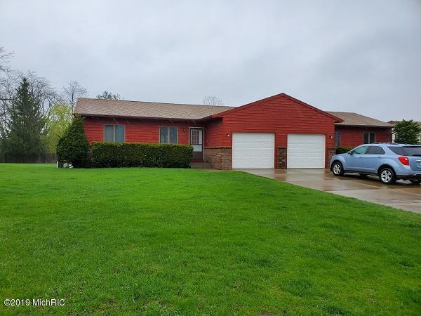 6767 /6769 Pleasantview Drive NE, Rockford, MI 49341 (MLS #19021241) :: JH Realty Partners