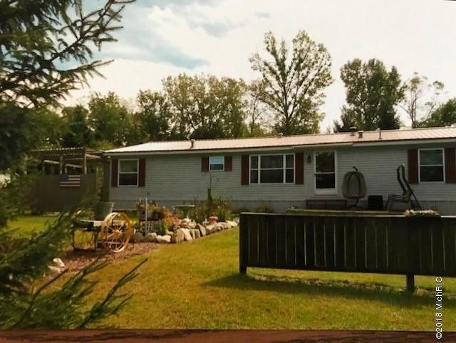 65020 White Pine Drive, Sturgis, MI 49091 (MLS #19025622) :: JH Realty Partners