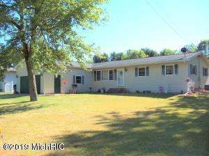 20446 Pine Lake Road, Battle Creek, MI 49014 (MLS #19028388) :: CENTURY 21 C. Howard