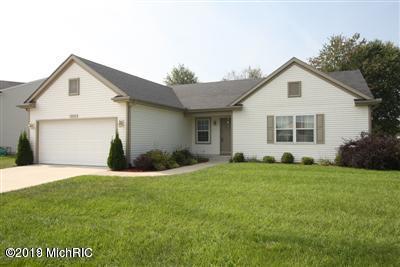 7294 Milan Drive, Portage, MI 49024 (MLS #19028573) :: Matt Mulder Home Selling Team
