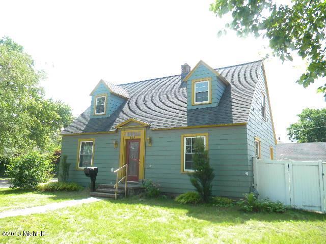 501 W Webster Avenue, Muskegon, MI 49440 (MLS #19029045) :: CENTURY 21 C. Howard