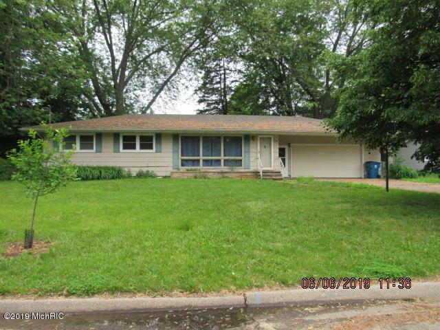 505 East Drive, Marshall, MI 49068 (MLS #19029387) :: CENTURY 21 C. Howard