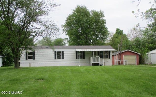 111 Lukesport Drive, Quincy, MI 49082 (MLS #19029403) :: CENTURY 21 C. Howard