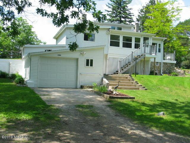 1006 Lakeview Drive, Tipton, MI 49287 (MLS #19032358) :: Jennifer Lane-Alwan