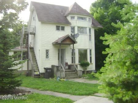 26 S 4th Street, Niles, MI 49120 (MLS #19032772) :: Deb Stevenson Group - Greenridge Realty
