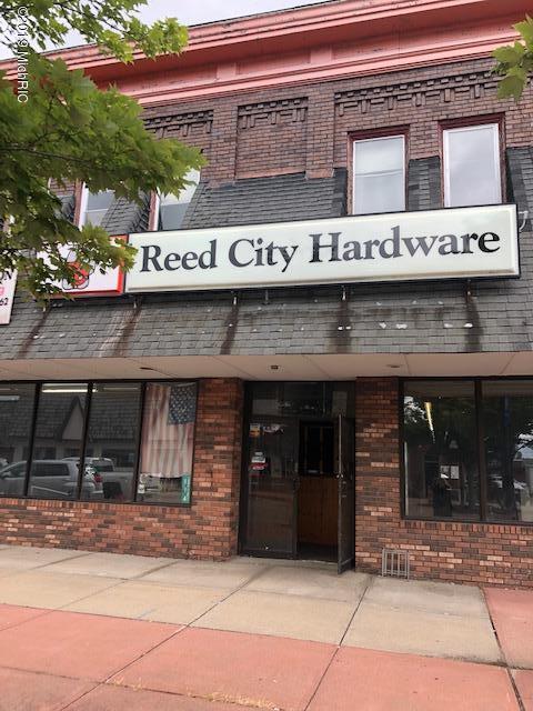 114 W Upton Avenue, Reed City, MI 49677 (MLS #19036049) :: CENTURY 21 C. Howard