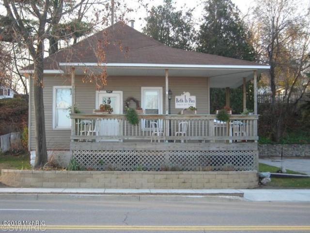 8851 Water Street, Montague, MI 49437 (MLS #19038989) :: CENTURY 21 C. Howard