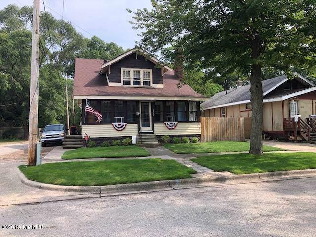 1641 Mcilwraith Street, Muskegon, MI 49442 (MLS #19044611) :: Deb Stevenson Group - Greenridge Realty