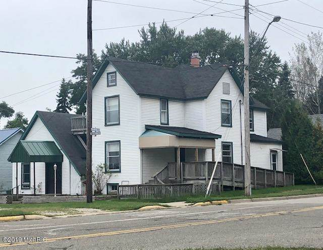210 Cleveland Street, Manistee, MI 49660 (MLS #19045225) :: Deb Stevenson Group - Greenridge Realty