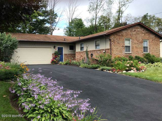 119 Lauderdale Avenue NE, Grand Rapids, MI 49546 (MLS #19045666) :: JH Realty Partners