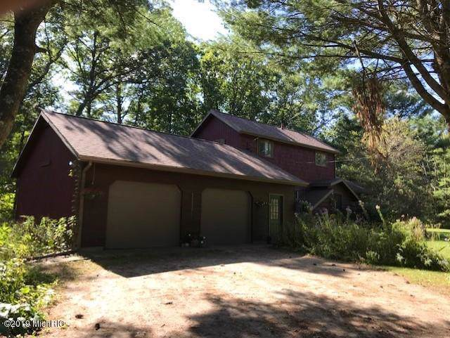 397 W Skeels Road, Montague, MI 49437 (MLS #19047729) :: JH Realty Partners
