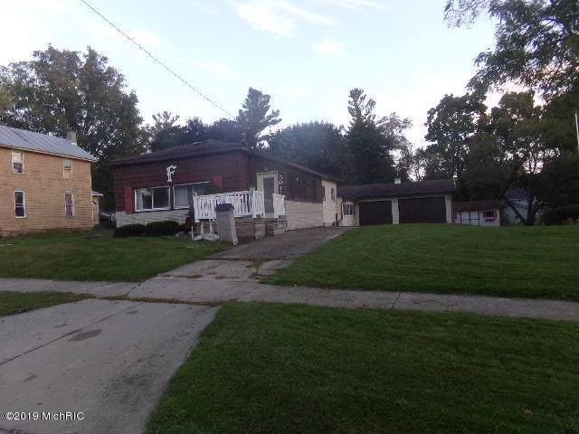 501 Jones Street, Ionia, MI 48846 (MLS #19047901) :: JH Realty Partners