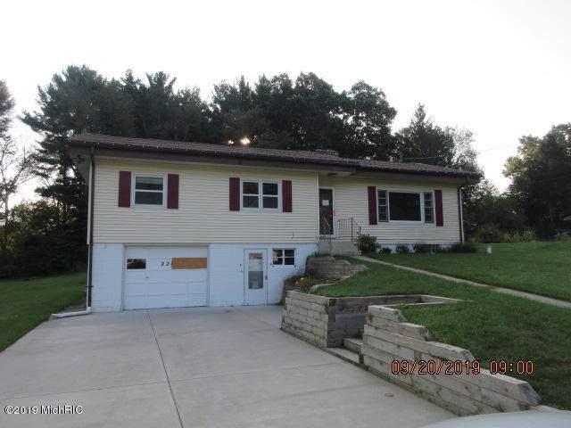 228 Fairfield Drive, Paw Paw, MI 49079 (MLS #19048178) :: JH Realty Partners