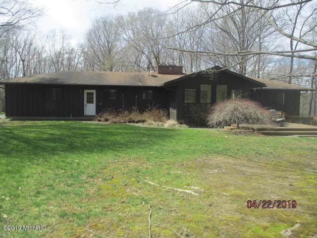 2782 N 37th Street, Galesburg, MI 49053 (MLS #19048687) :: JH Realty Partners