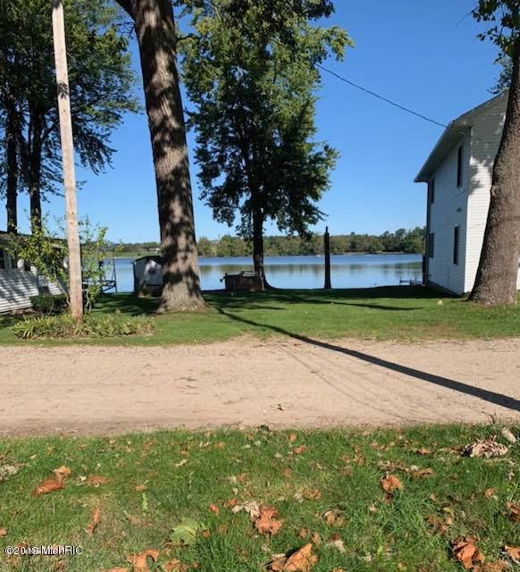 9157 Rush St, Clarksville, MI 48815 (MLS #19050148) :: Deb Stevenson Group - Greenridge Realty