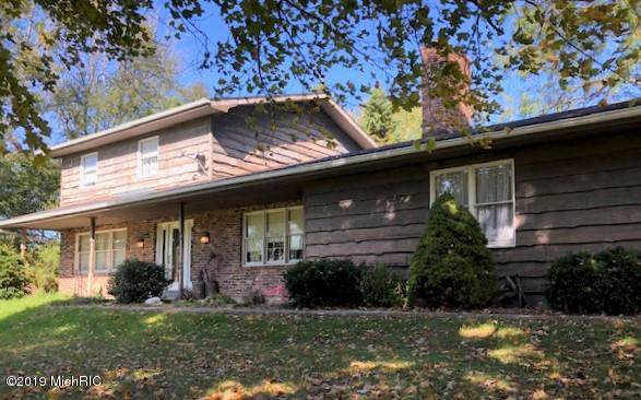 540 E Lockwood Road, Coldwater, MI 49036 (MLS #19050196) :: JH Realty Partners