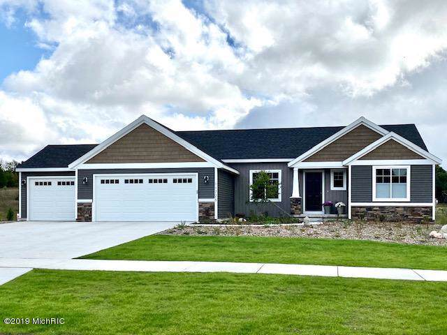 331 Nuthatch Court SE, Caledonia, MI 49316 (MLS #19050449) :: Deb Stevenson Group - Greenridge Realty