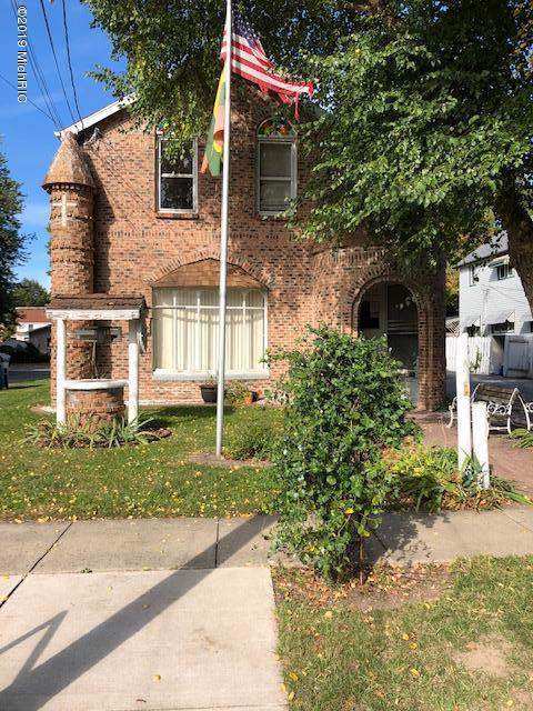 26 Harrison Street, Coldwater, MI 49036 (MLS #19050684) :: CENTURY 21 C. Howard