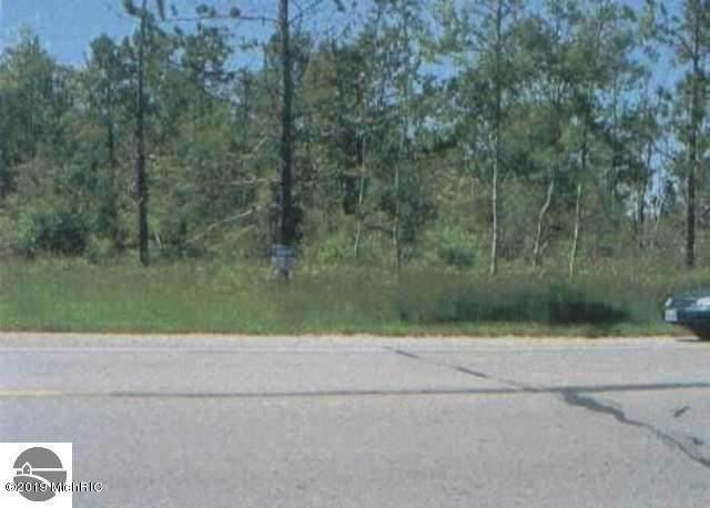 0 Us-131 Highway, Cadillac, MI 49601 (MLS #19050759) :: Deb Stevenson Group - Greenridge Realty
