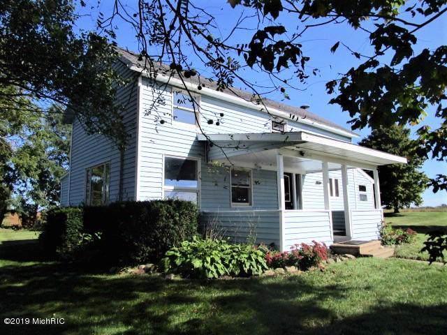 13671 Charlotte Highway, Sunfield, MI 48890 (MLS #19052992) :: Deb Stevenson Group - Greenridge Realty